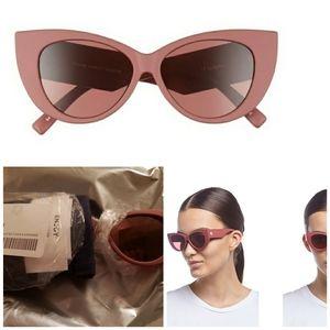Le spec bnwt, cat eye sunglasses